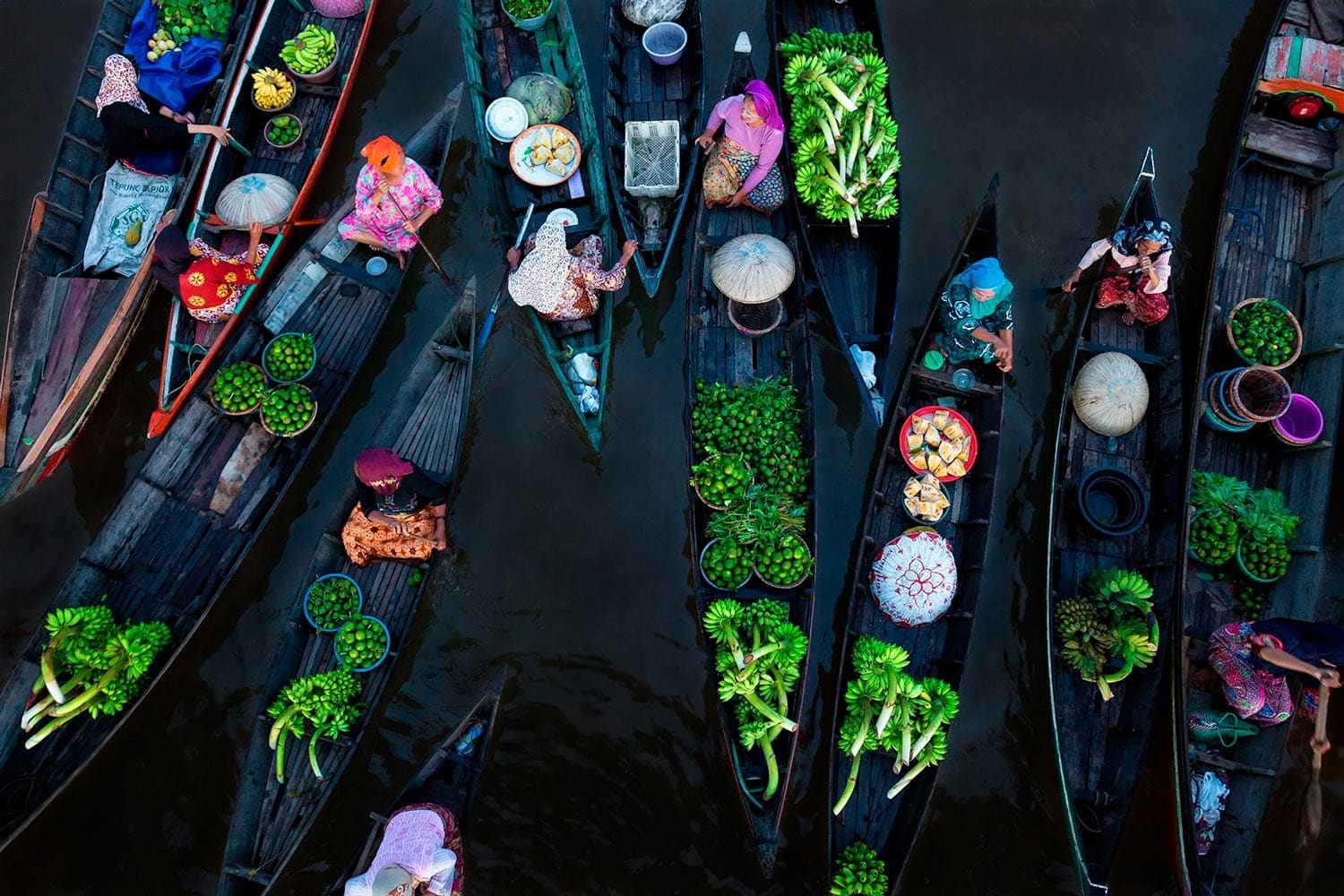original_02-Floating-Market-by-Sina-Falker.jpg