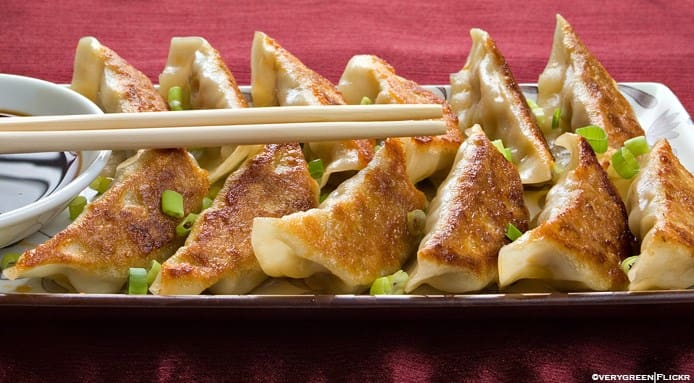 original_04-Japanese-Gyoza-FineDiningLovers.jpg