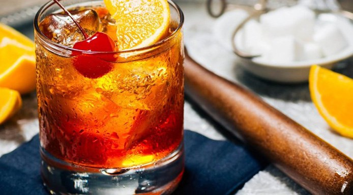 Old fashioned ricetta cocktail