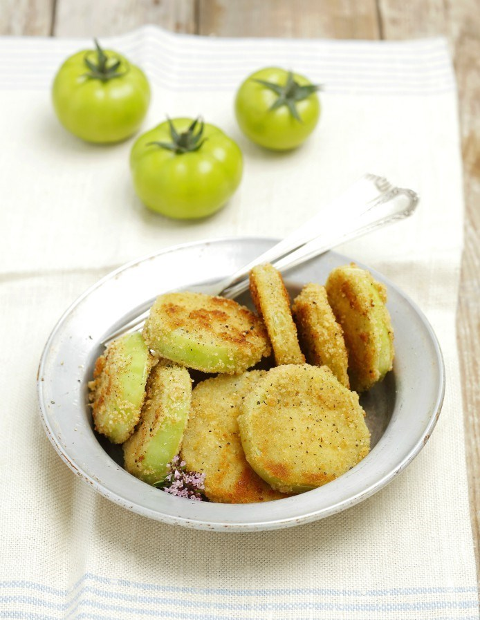 original_fried-green-tomatoes-on-a-plate