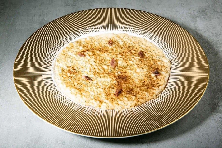 risotto con cipolle limone e acciughe