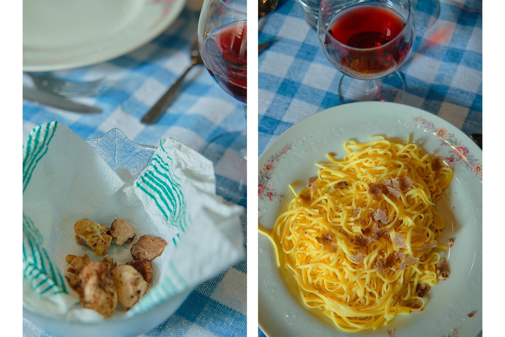 Un piatto di pasta con i tartufi e un piccolo prezioso scrigno di tartufi bianchi
