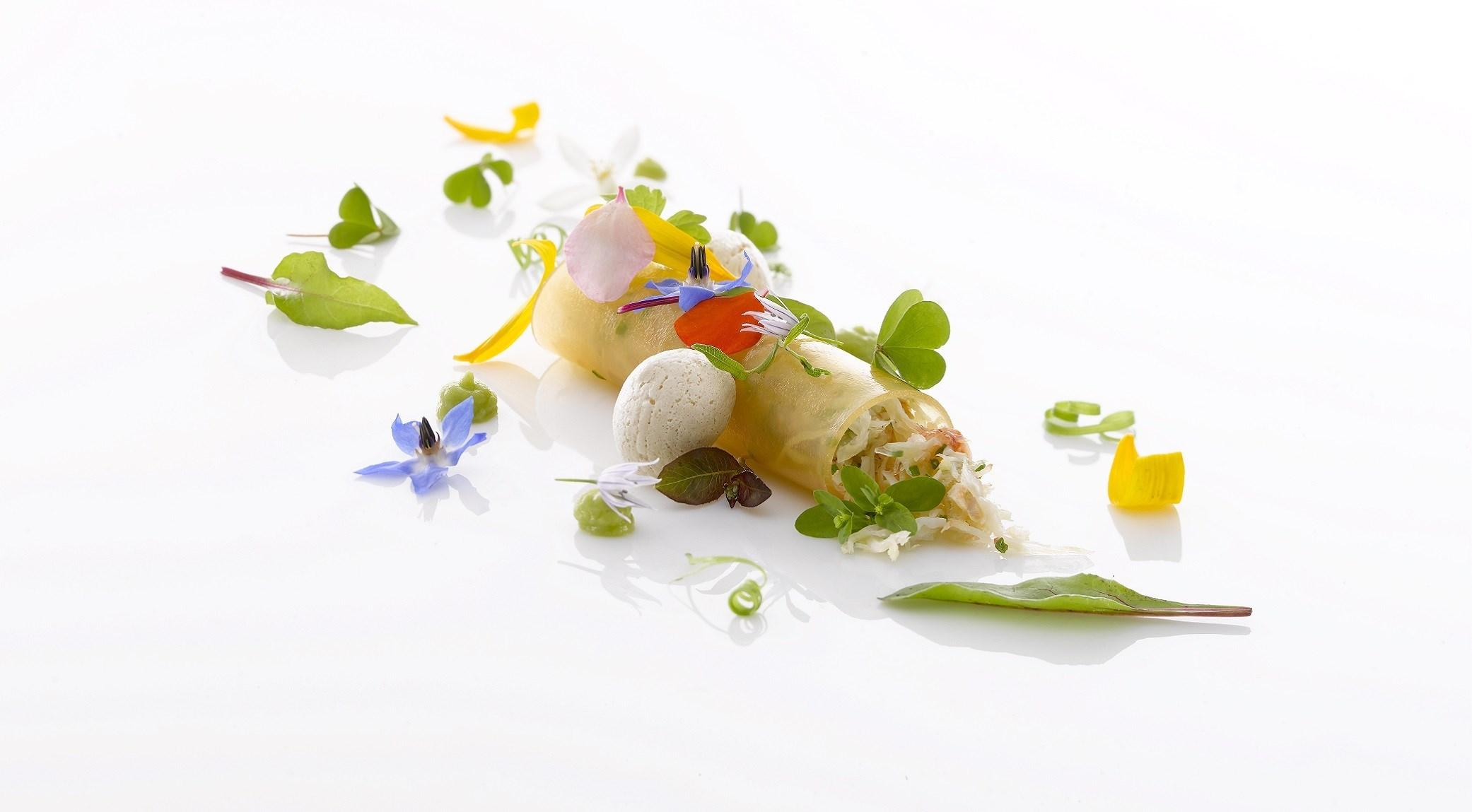 Cannelloni-crabe-pamplemousse-avocat-colagreco