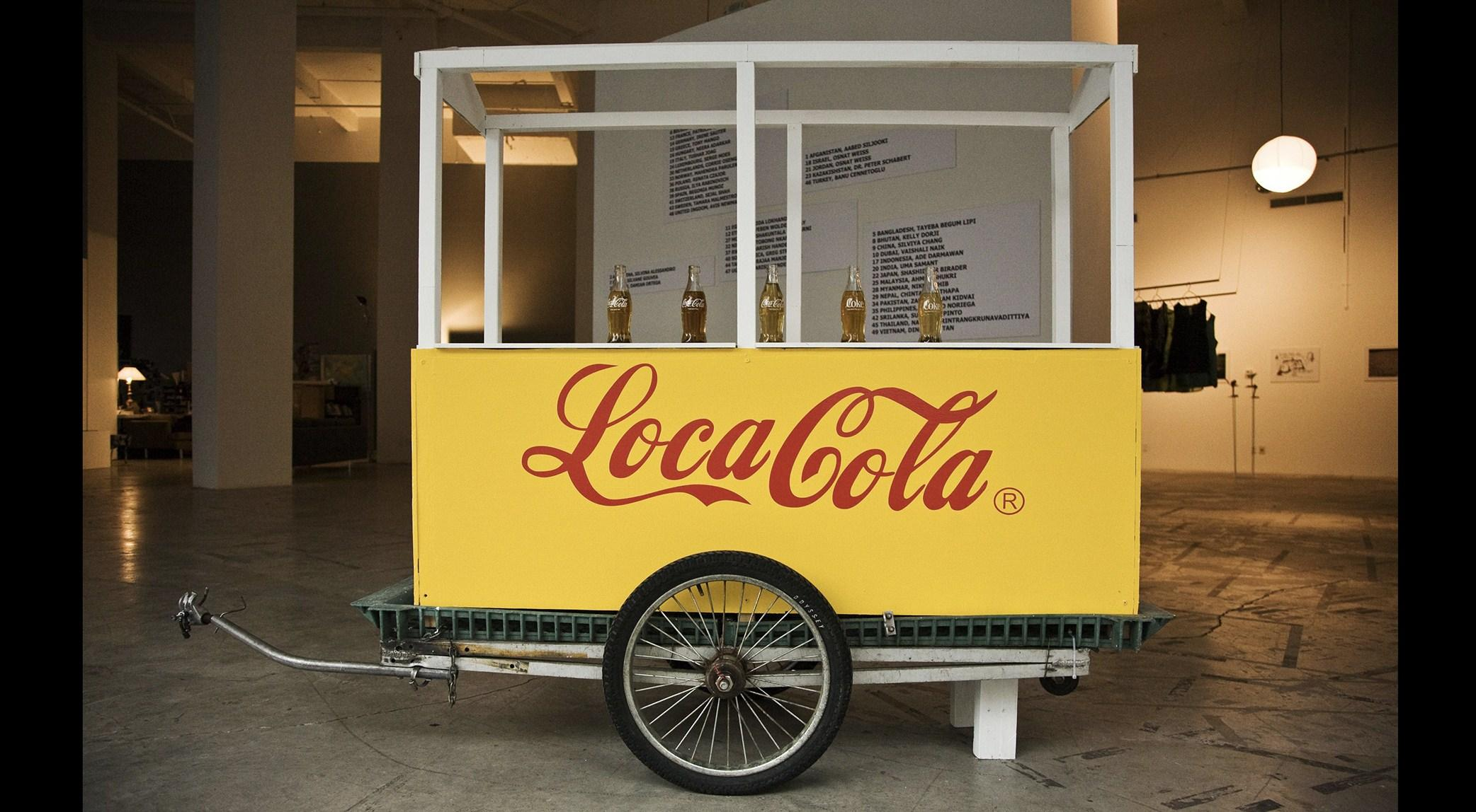 Mostra-Gola-triennale-Loca-Cola