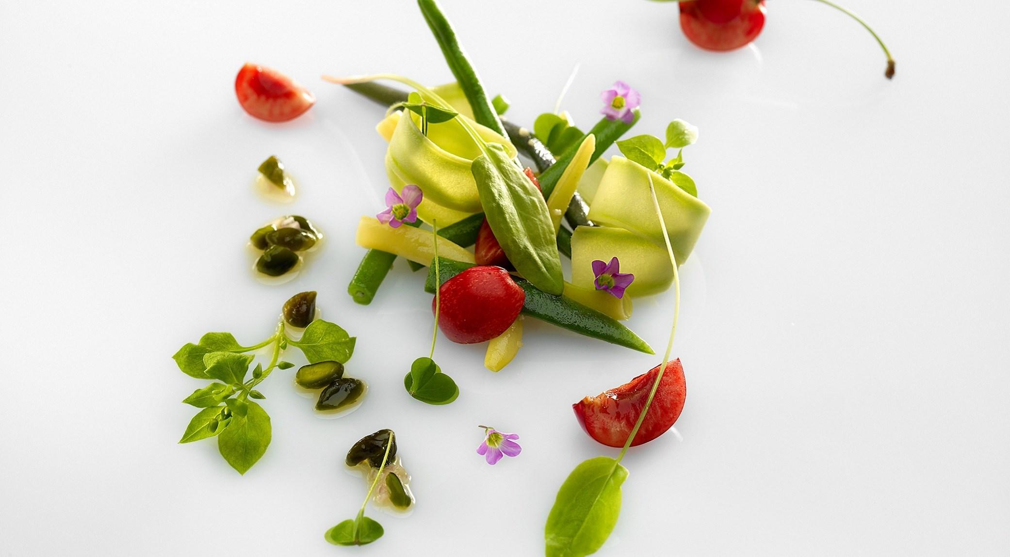 salade-haricots-et-cerise-colagreco