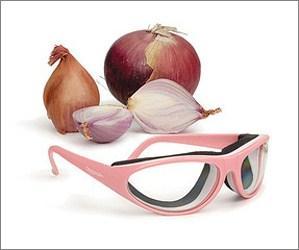 utensili-da-cucina-colorati-occhiali-cipolle